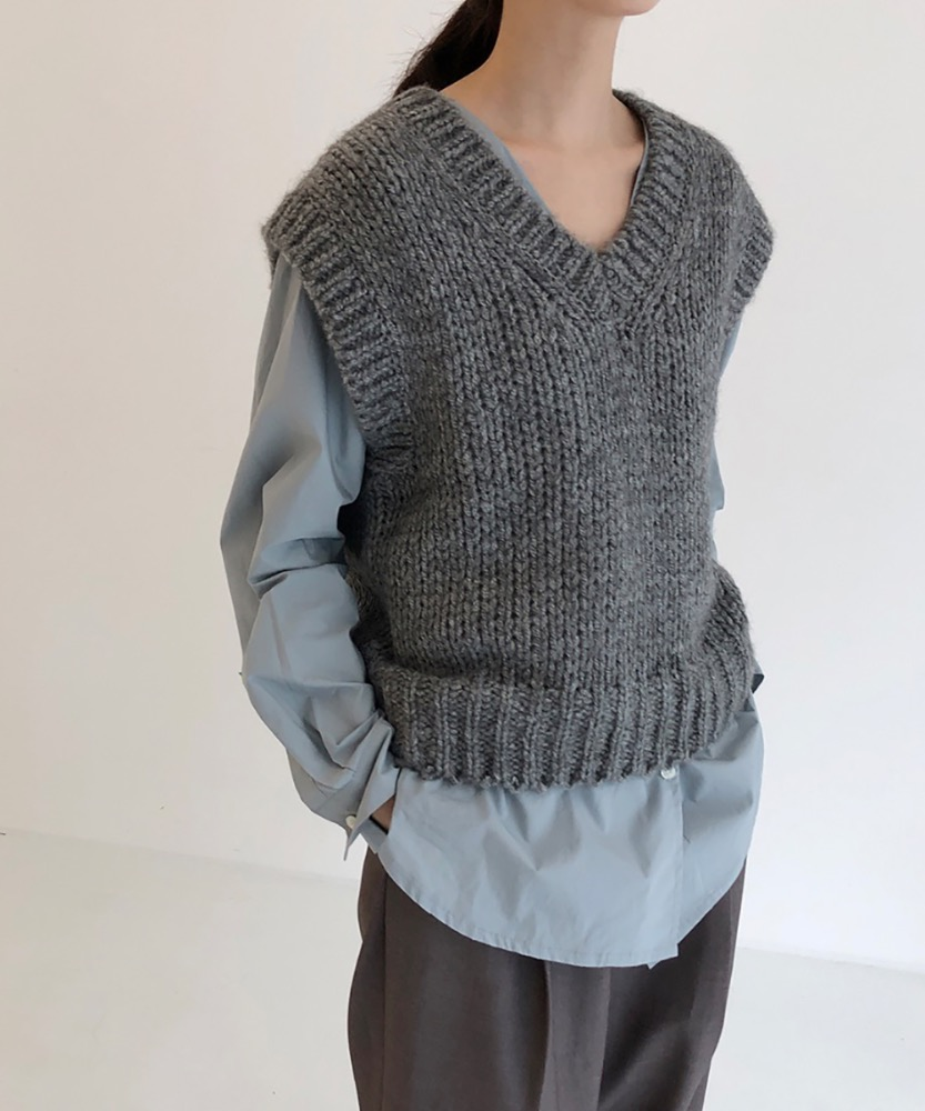 Bulky day knit vest