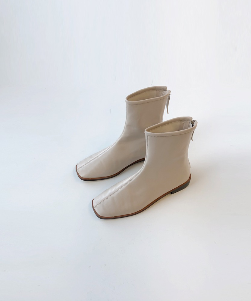 Soft back zipper boots